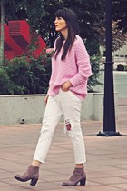 bubble gum oversized Zara sweater - light brown unknown brand boots