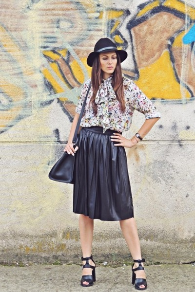 eggshell shirt - black Front Row Shop hat - black leather Zara skirt