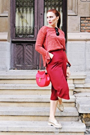 ruby red Zara sweater - ruby red culottes Bershka pants