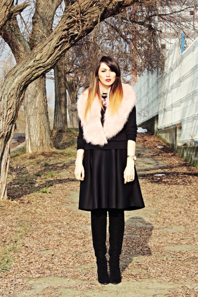 light pink fur collar pull&bear accessories - black Bershka sweater