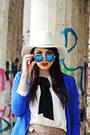 Blue-bershka-blazer-blue-freyrs-sunglasses-tan-zara-pants