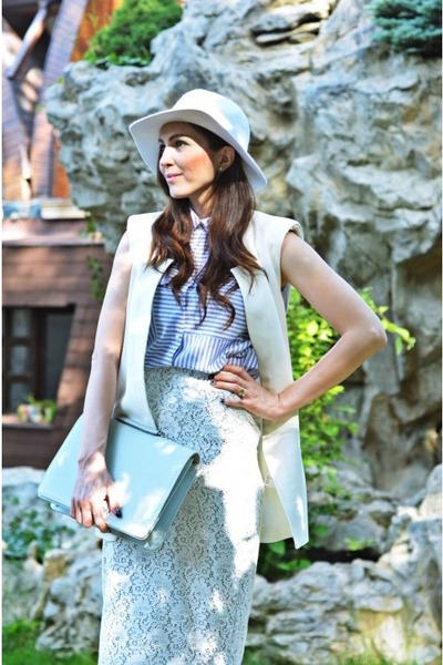 aquamarine Zara shirt - off white H&M hat - off white Zara skirt