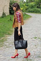 red plaid pull&bear shirt - light brown Bershka vest - red Zara heels
