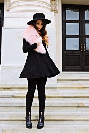 black Zara dress - light pink faux fur collar pull&bear accessories