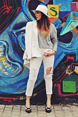 off white Zara blazer - off white Stradivarius jeans - off white H&M hat