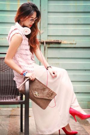 red pumps Zara heels - white headphones Beats by Dr Dre accessories