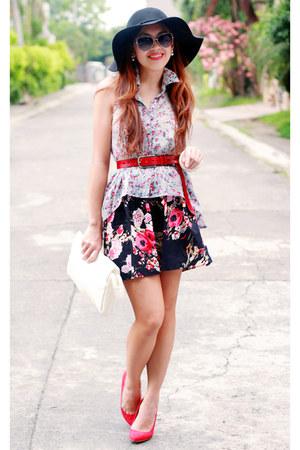 periwinkle floral Nava top - black floral Nava skirt - red suede Zara heels
