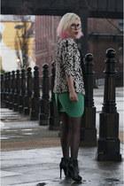 black Zara boots - black Mango blazer - pull&bear shirt - gold Forever 21 ring