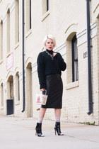 Zara necklace - Schutz boots - dark green H&M sweater - kate spade bag
