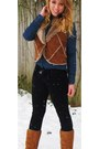 Ugg-boots-black-skinny-jeans-denim-button-up-shirt-faux-fur-vest