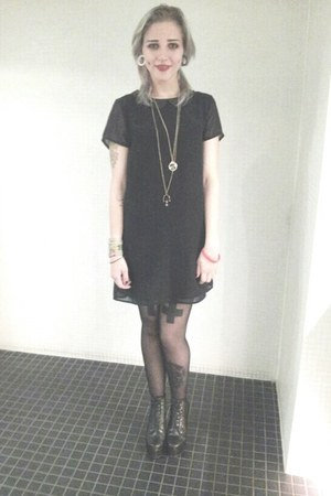 black H&M dress - black Jeffrey Campbell heels