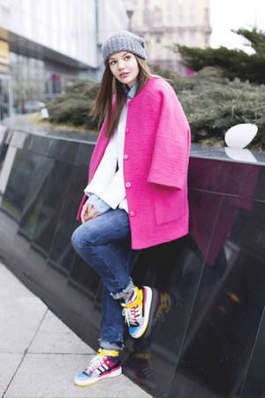 hot pink Studio 4 London coat - white Zara sweater - Adidas sneakers