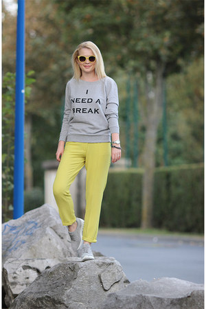 silver Zara sneakers - yellow MORGAN sunglasses - silver Vero Moda sweatshirt