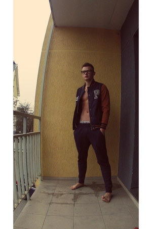 navy New Yorker jacket - navy Zara pants - black Zara glasses