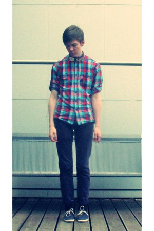 bow tie H&M tie - Lacoste shoes - reserverd shirt - Bershka pants