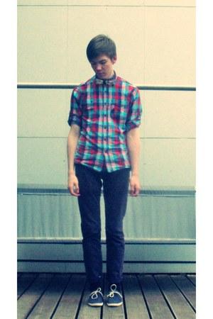 bow tie H&M tie - Lacoste shoes - reserverd shirt - Bershka pants
