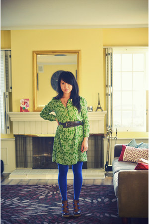 chartreuse Jaclyn Smith for Kmart dress - blue Gap tights - dark brown banana re