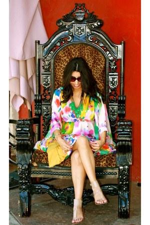 bubble gum dress - dark brown sunglasses - camel sandals - white bracelet