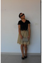 camel skirt - black blouse