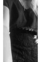 black oxford Dolce Vita shoes - black shorts
