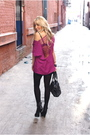 Black-shirt-pink-blouse-black-shoes
