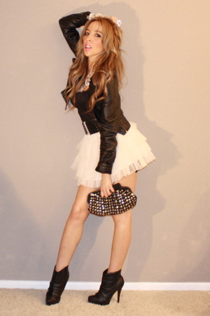 beige Tulle skirt - black Quipid boots - black H&M jacket - black UE bag