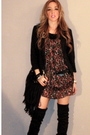 Black-dress-black-boots-black-purse-black-jacket
