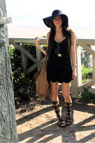 black ventage from Panama dress - Steve Madden shoes - Street Vendor hat