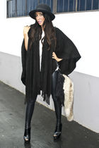 black Cejon sweater - black DLA boots - black H&M hat