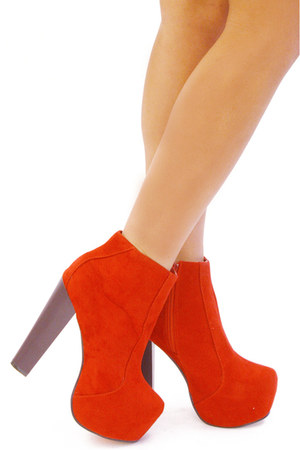 red HAUTE & REBELLIOUS boots