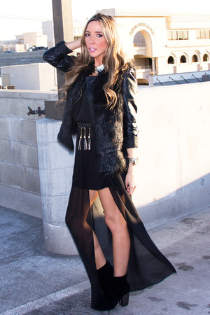 black HAUTE & REBELLIOUS dress - black Aldo boots - black leather H&M jacket