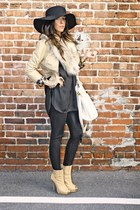 tan H&M accessories - tan H&M jacket - black leggings - black OLIVE&OLIV IA blou