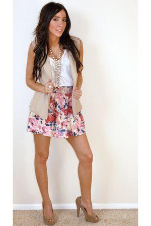 pink Forever 21 skirt - beige Steve Madden shoes - beige Forever 21 vest