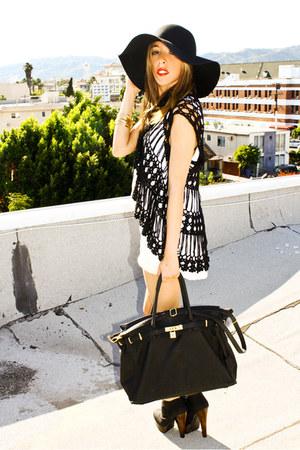 black booties HAUTE & REBELLIOUS shoes - black shopping bag HAUTE & REBELLIOUS b