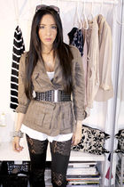 black f21 leggings - gray f21 jacket - gray Quipid boots - white Final Touch blo