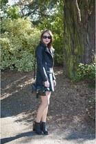 black Pimkie boots - forest green Primark dress - black Princesse Boutique coat