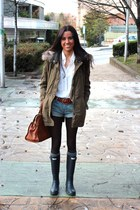 dark green Zara coat - navy Hunter boots - brown Massimo Dutti bag