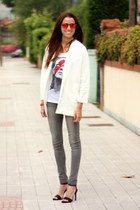 Zara blazer - Knockaround sunglasses - Mango heels - Eleven Paris t-shirt