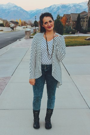 periwinkle polka dot Gap shirt - dark gray combat boots Forever 21 boots