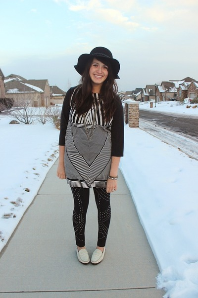 black tunic unknown dress - black floppy Forever 21 hat