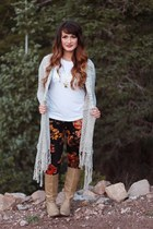 Knitted Cardigan and Floral Leggings