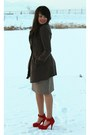 Light-brown-shabby-apple-dress-dark-brown-forever-21-coat