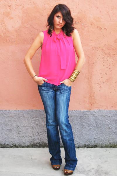 H&M shirt - Stradivarius jeans - Zara heels - Accessorize earrings