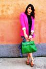 Zara-blazer-h-m-shorts-h-m-t-shirt-bershka-heels