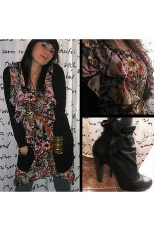 H&M cardigan - H&M dress - H&M belt - Marc by Marc Jacobs boots