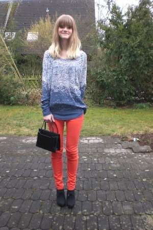 blue Zara shirt - black Deichmann heels - red H&M pants