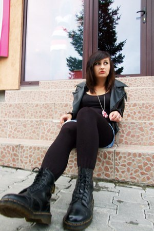 black DrMartens boots - black rocker jacket H&M jacket - black Randome leggings