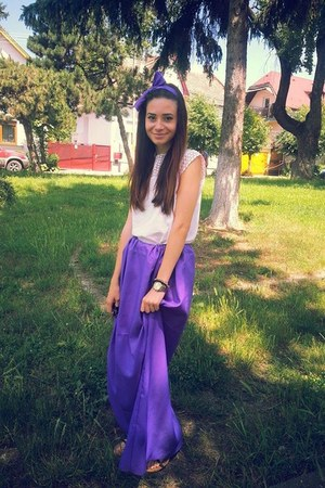 violet handmade dress - white top - violet hair accessory - black accessories
