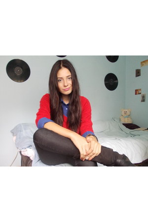 black boots - blue Bershka shirt - black pants - red blouse - black accessories