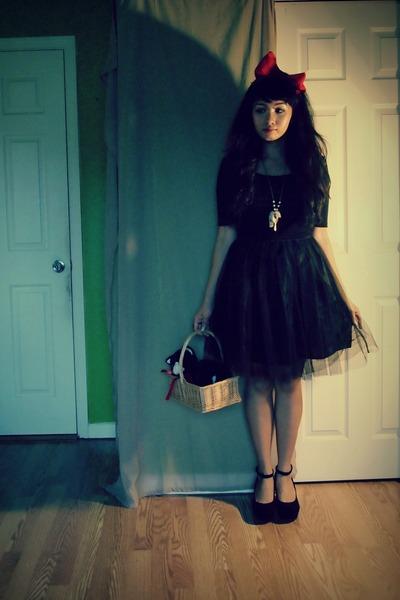black The Poppyseed dress - black American Rag top